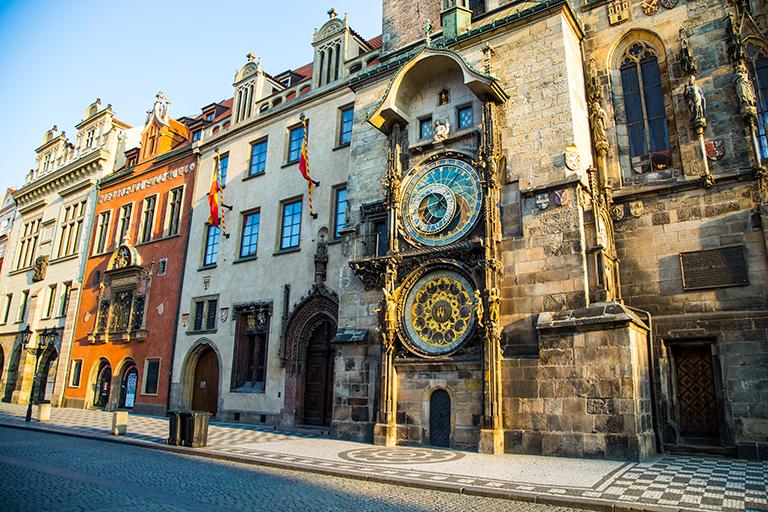 ผลการค้นหารูปภาพสำหรับ นาฬิกาดาราศาสตร์ (Astronomical Clock)