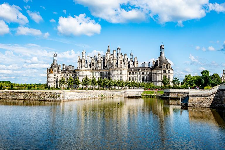 พระราชวังช็องบอร์ (Château de Chambord) · เมืองช็องบอร์ (Chambord) · World  Tour Center เที่ยวส่วนตัว เที่ยวกับทัวร์ ครบทุกเส้นทาง